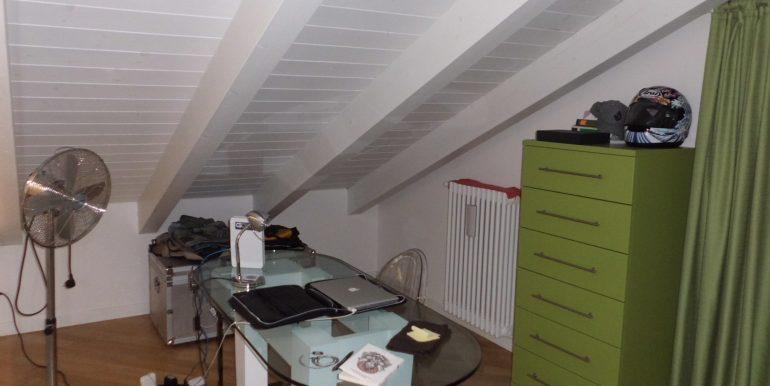 Signorile appartamento a Pinarella matrimoniale angolo studio