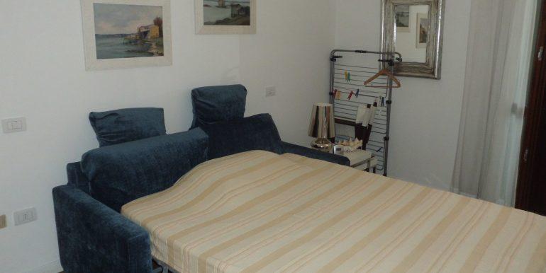 Signorile appartamento a Pinarella matrimoniale1