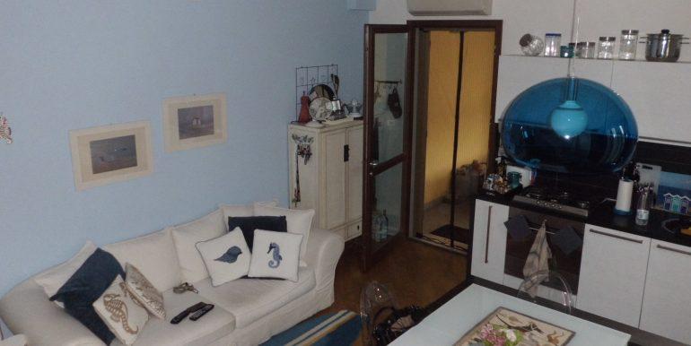 Signorile appartamento a Pinarella soggiorno
