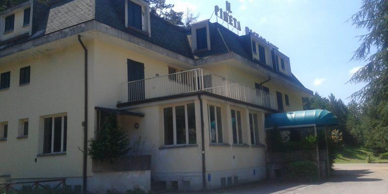 Hotel ristorante in affitto esterno