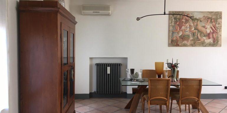 Ampio appartamento in vendita a Ravenna
