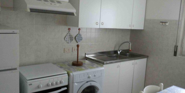 Due appartamenti in vendita a Pinarella cucina app2