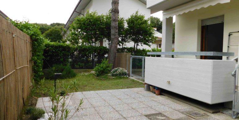 Appartamento al piano terreno in vendita a Pinarella