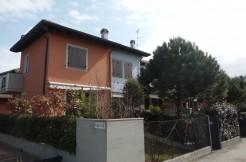 Bilocale con mansarda a Pinarella in vendita
