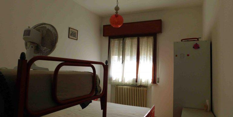 9 camera letto