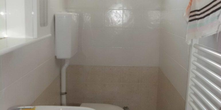Edificio a Pinarella bagno