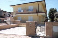 Appartamento indipendente in vendita a Castiglione