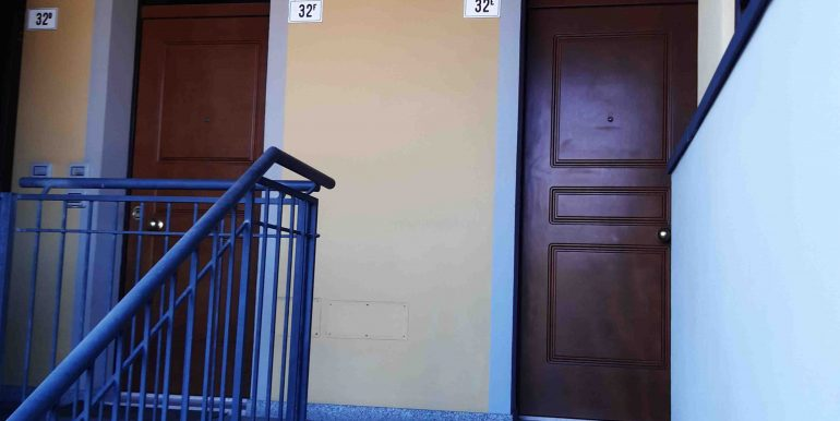5 ingresso appartamento