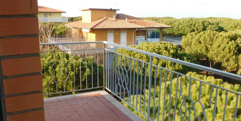 18 balcone letto