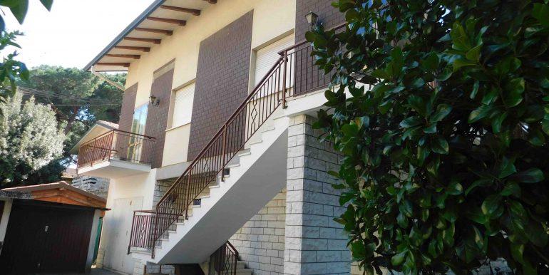 22 esterno villa 1
